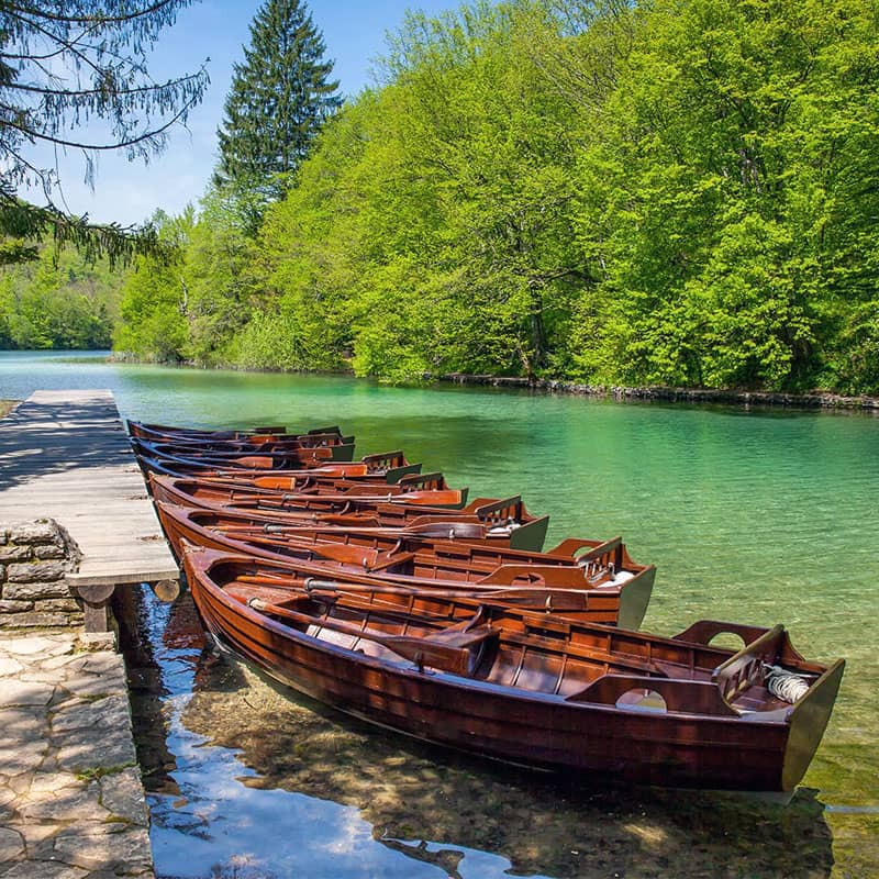 PLITVICE LAKES 5H TOUR WITH PANORAMIC BOAT RIDE - Degenija tours