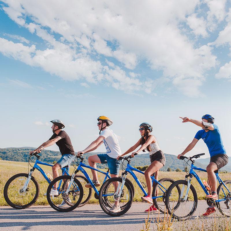 Plitvice valleys bike tour Degenija tours